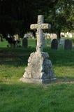 坟园十字架 库存图片