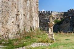 坟墓在阿拉扎尼河谷的阿拉韦尔迪修道院里 卡赫季州地区 佐治亚 免版税库存照片