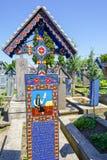 坟茔在Sapanta愉快的公墓  免版税库存图片