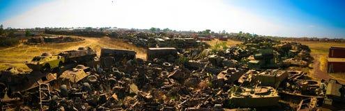 坦克和其他战争车公墓在阿斯马拉,厄立特里亚, 免版税图库摄影