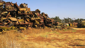 坦克和其他战争车公墓在阿斯马拉厄立特里亚, 图库摄影