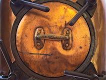 坦克的盖子,由铜制成 免版税库存图片