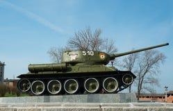 坦克T-34在下诺夫哥罗德克里姆林宫的疆土 库存图片