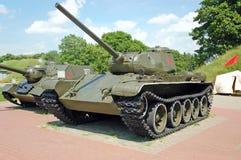 坦克T-44在布雷斯特堡垒 库存图片