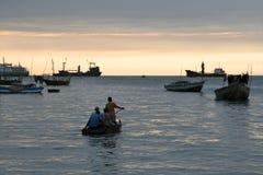 坦桑尼亚的单桅三角帆船 图库摄影
