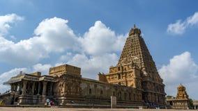 坦贾武尔大寺庙,右边视图 免版税库存照片