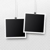 垂悬在夹子的空白的照片框架集合 例证减速火箭的样式向量葡萄酒 您的文本或照片的黑空的地方 现实详细的照片 免版税库存图片