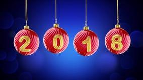 垂悬在雪蓝色背景的2018个数字闪烁圣诞节球 免版税库存图片