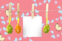 垂悬复活节彩蛋的综合图象 免版税库存图片