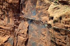 垂悬的水道接近  库存照片