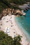垂直海滩的mylopotamos 免版税库存图片