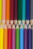 垂直的多彩多姿的铅笔 免版税库存图片