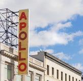 垂直著名阿波罗的剧院签到哈林,纽约 图库摄影
