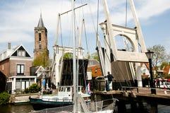 垂直的升降吊桥-伊顿干酪-荷兰 免版税库存照片