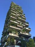垂直的森林,米兰,波尔塔Nuova摩天大楼住所,意大利, 2016年4月15日 图库摄影