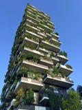 垂直的森林,米兰,波尔塔Nuova摩天大楼住所,意大利, 2016年4月15日 免版税库存照片