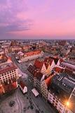 垂直的foto 在弗罗茨瓦夫集市广场的看法  免版税图库摄影