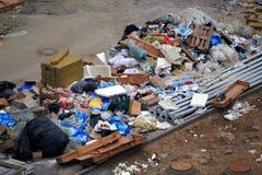 垃圾和都市污染 免版税库存照片