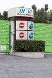 垃圾填埋Malagrotta的入口在罗马(意大利) 免版税图库摄影