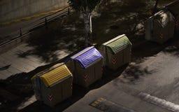 垃圾容器夜 免版税库存照片