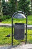 垃圾桶 免版税图库摄影