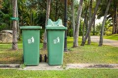 垃圾桶 库存照片