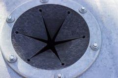 垃圾滑道 橡胶和金属 门户,孔,阀门 库存图片