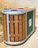 垃圾箱,室外垃圾容器 库存图片