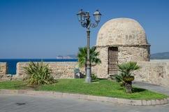 垒在Alghero镇,撒丁岛,意大利 免版税库存照片