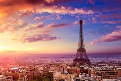 巴黎埃佛尔铁塔和地平线天线法国 免版税库存照片