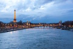 埃佛尔铁塔和Pont Alexandre III 库存图片