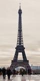 埃佛尔铁塔在一个多云冬日 库存照片