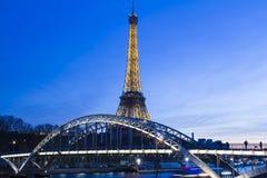 埃佛尔铁塔在晚上;巴黎,法国 免版税库存照片