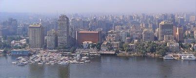 埃及地平线的开罗首都鸟瞰图  免版税库存照片