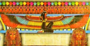 埃及纸莎草- ISIS是魔术在古埃及,了解的例子的一个重大女神埃及理想  免版税库存照片