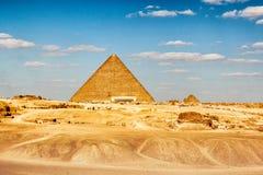 埃及,开罗2012年11月:吉萨棉金字塔 免版税库存照片