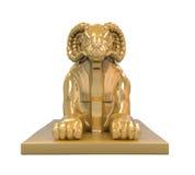 埃及Ram朝向狮身人面象雕象 图库摄影