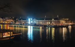 埃尔米塔日博物馆在有一个轻的艺术对象的阿姆斯特丹在 免版税库存图片