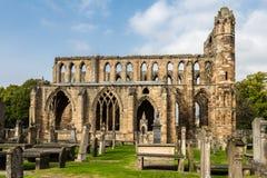 埃尔金大教堂侧视图在北苏格兰 免版税库存图片