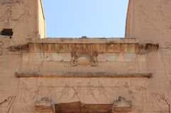 埃德富寺庙大门  埃及 免版税图库摄影
