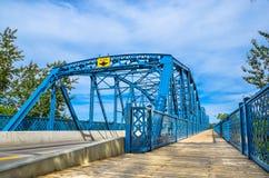 埃德蒙顿道森蓝色桥梁 免版税库存图片