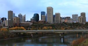 埃德蒙顿,加拿大在秋天4K的市中心 股票视频
