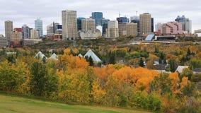 埃德蒙顿,加拿大Timelapse街市在秋天4K 股票录像