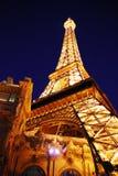 埃菲尔旅馆las晚上巴黎塔维加斯 库存图片