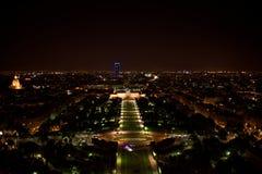 巴黎 埃菲尔晚上巴黎塔视图 库存图片
