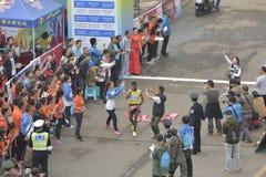 埃赛俄比亚的运动员获得冠军 图库摄影