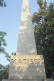 埋葬地方严重标志詹姆斯和移动式摄影车的麦迪逊,蒙彼利埃,弗吉尼亚 免版税库存图片