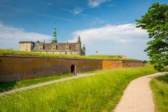 城堡丹麦小村庄赫尔新哥kronborg传奇安排 图库摄影