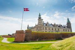 城堡丹麦小村庄赫尔新哥kronborg传奇安排 库存照片