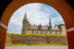 城堡丹麦小村庄赫尔新哥kronborg传奇安排 库存图片